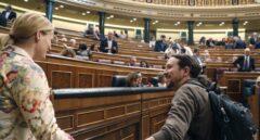 El líder de Podemos, Pablo Iglesias, y la diputada socialista Zaida Cantera.