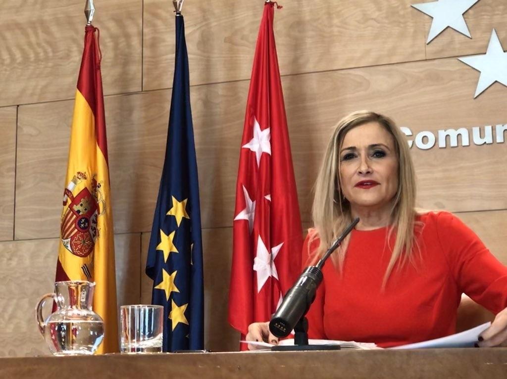 Cristina Cifuentes, compareciendo este martes ante los medios de comunicación.