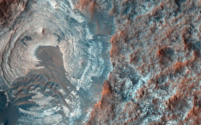 Cráteres donde se asentará la colonia.