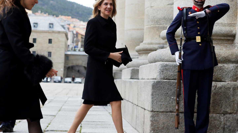 La infanta Cristina llega al Monasterio de San Lorenzo de El Escorial.