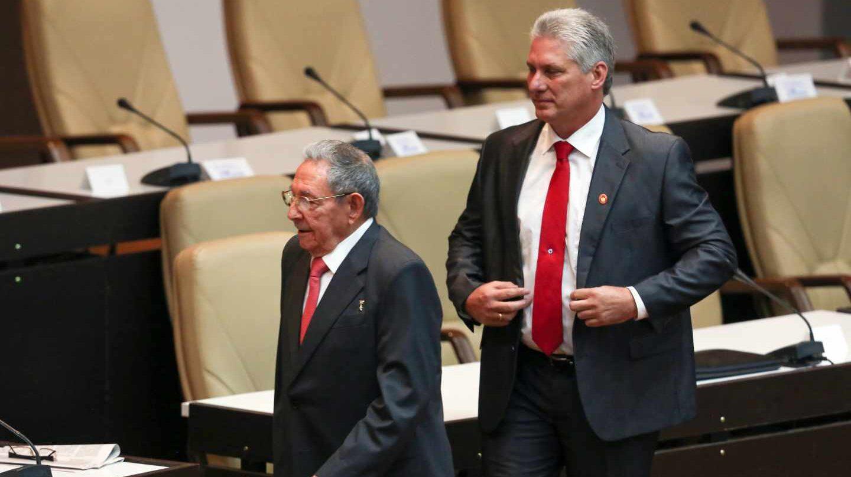 Miguel Díaz-Canel sigue la estela de Raúl Castro en la Asamblea Nacional de La Habana.