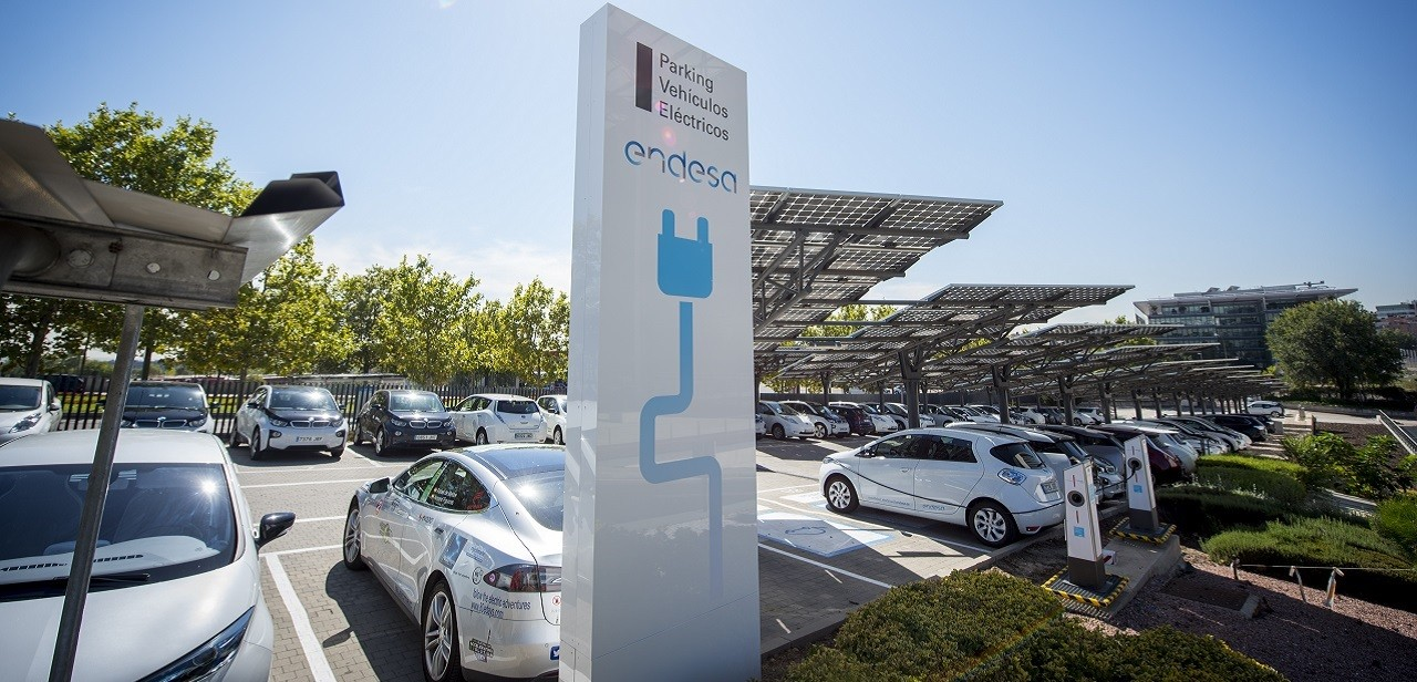 Aparcamiento de coches eléctricos de Endesa.