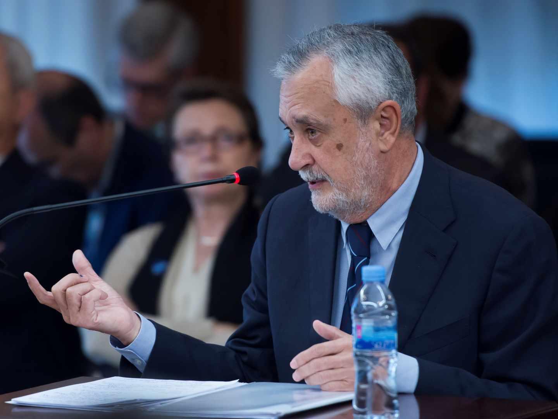 El ex presidente andaluz José Antonio Griñán declara en la Audiencia.