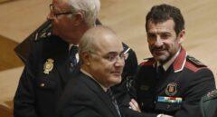 El juez Pablo Llarena, en Barcelona junto al jefe de los Mossos, Ferran López.
