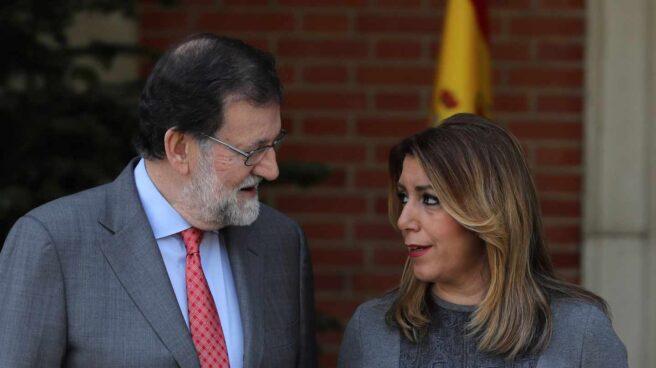 Mariano Rajoy recibe a Susana Díaz en la Moncloa.