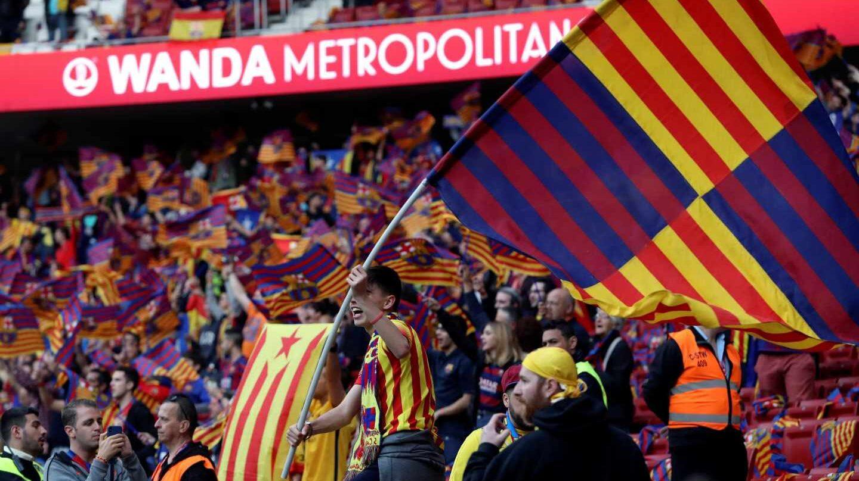 La afición del FC Barcelona en el estadio Wanda Metropolitano, en la Final de la Copa del Rey.