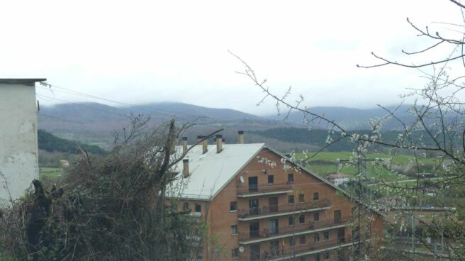Imagen del cuartel de la Guardia Civil de Alsasua, ubicado en una ladera a dos kilómetros del municipio.