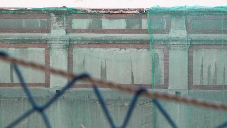 Detalle del frontón Beti Jai de Madrid