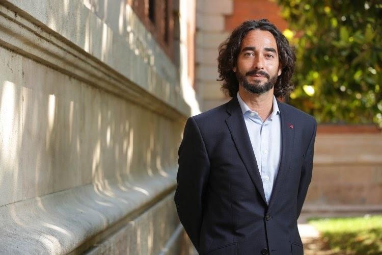 El diputado del PSC en el Parlament, Carles Castillo.