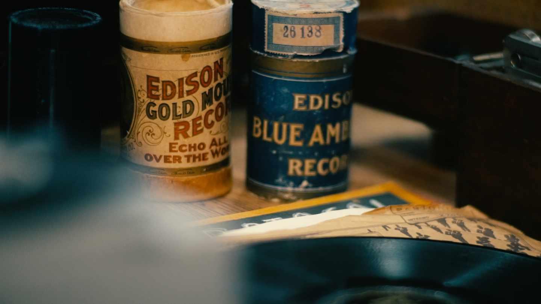 Cilindros de cera para grabar inventados por Edison en la BNE
