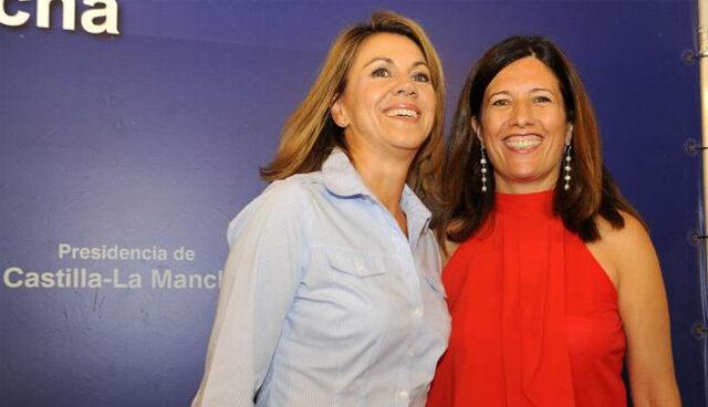 María Dolores de Cospedal con la directora de la Agencia de Protección de Datos, Mar España