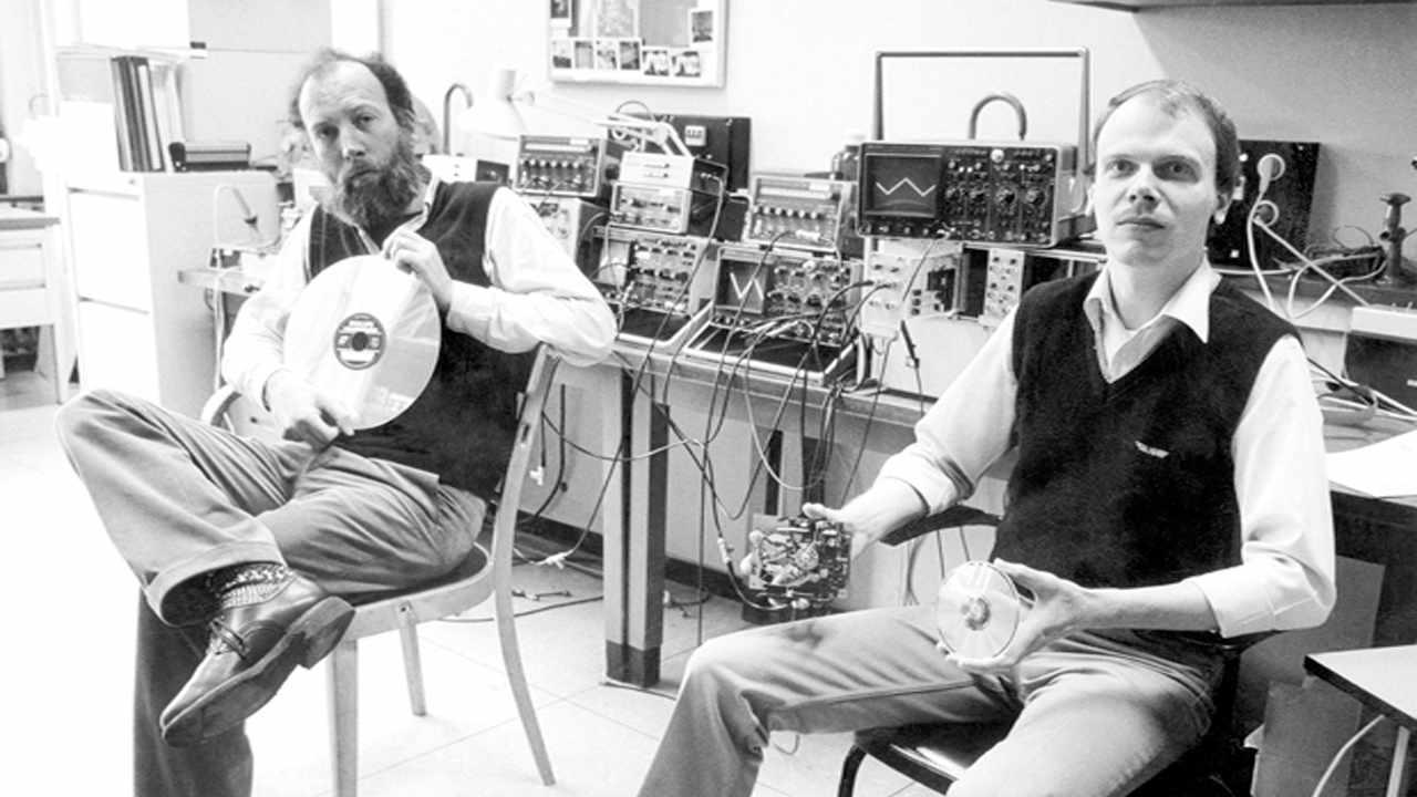 Immink en el laboratorio, tras la creación del Videodisc y el CD
