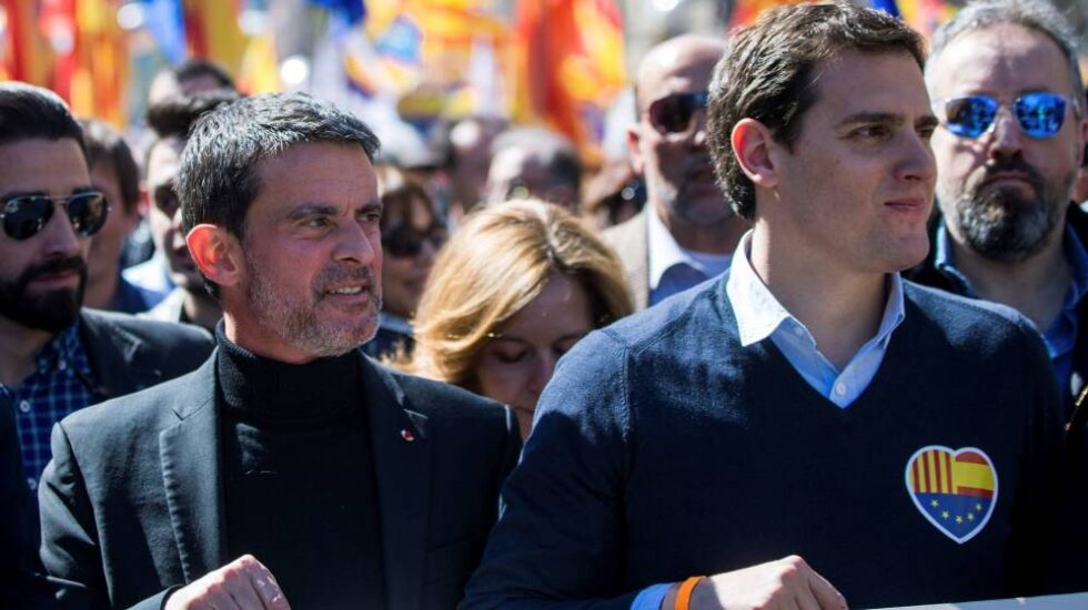 El ex primer ministro francés Manuel Valls, junto al líder de Ciudadanos, Albert Rivera.
