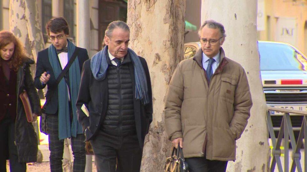 Mario Conde, dirigiéndose a la Audiencia Nacional el pasado mes de enero.