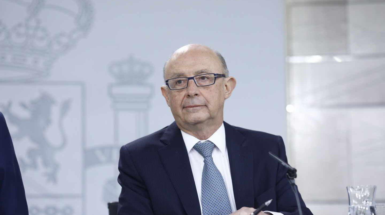 El ministro de Hacienda, Cristóbal Montoro, ha sido requerido por el juez Llarena.
