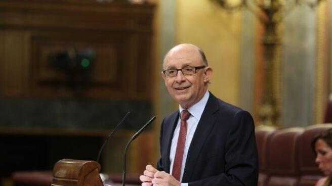 El ministro de Hacienda, Cristóbal Montoro, durante el debate de Presupuestos para 2018.