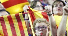Aficionados del FC Barcelona pitando en una de las finales de la Copa del Rey.