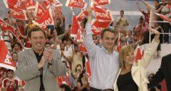 El candidato del PSPV a la Generalitat en 2007, Joan Ignasi Pla, junto a José Luis Rodríguez Zapatero en un mitin.