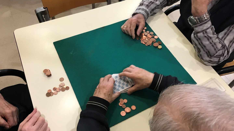 La contratación de planes de pensiones desciende.