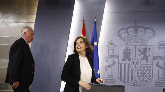 Margallo y Santamaría, tras un Consejo de Ministros.