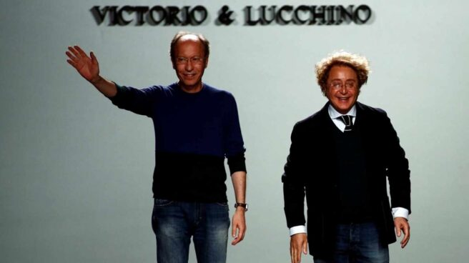 Los diseñadores andaluces Victorio y Lucchino, en la Mercedes Benz Madrid Fashion Week 2017.