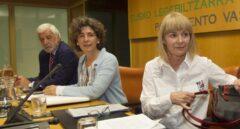 La ex miembro de ETA, Carmen Gisasola, durante su comparecencia en el Parlamento Vasco.