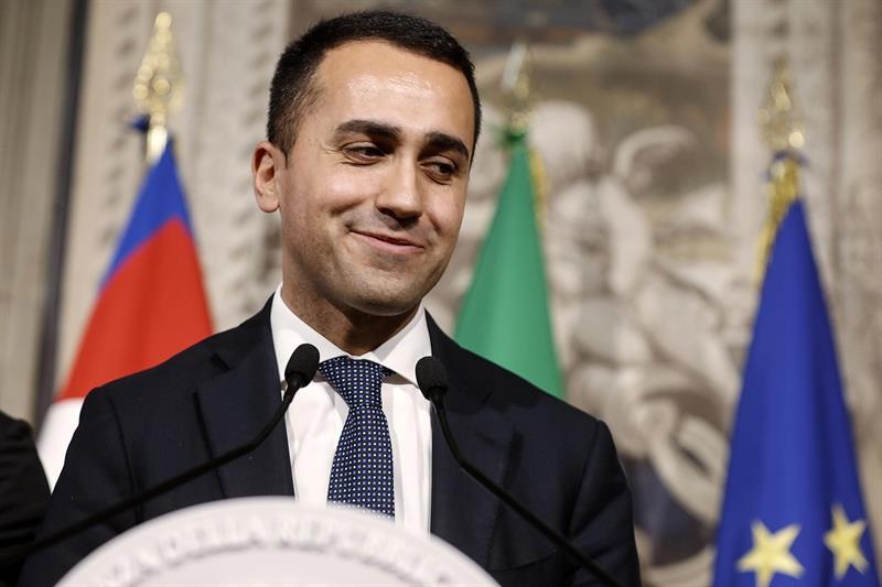 El líder del Movimiento Cinco Estrellas, Luigi di Maio,, ha anunciado su pacto con la Liga.