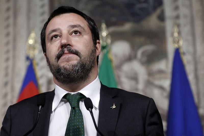 Matteo Salvini, líder de la Liga, amenaza con elecciones si no se acepta su propuesta de gobierno con Di Maio.