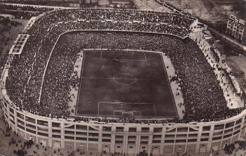 El Nuevo Chamartín, posteriormente renombrado Santiago Bernabéu, inaugurado en diciembre de 1947.