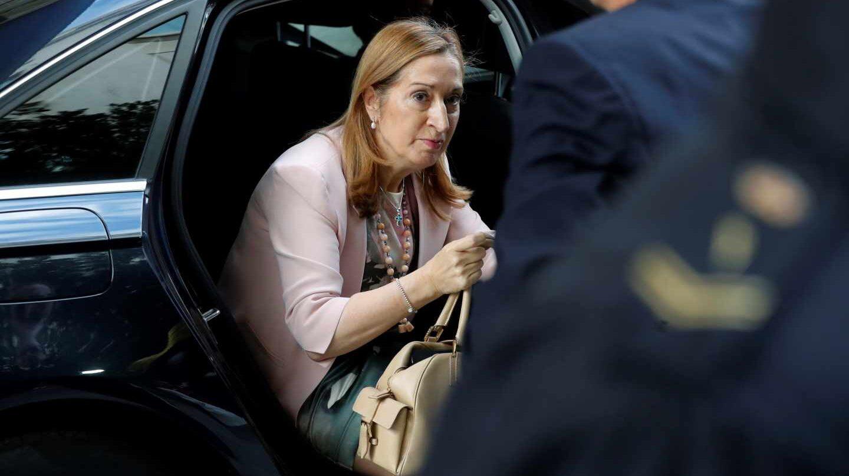 La presidenta del Congreso, Ana Pastor, a su llegada al hemiciclo.