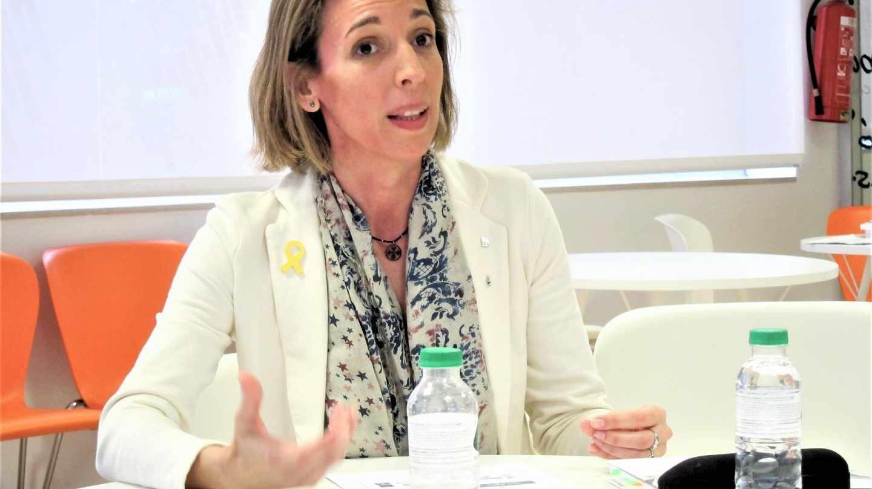 Àngels Chacón, de concejal de Comercio y directora de Industria a consellera de Empresa.
