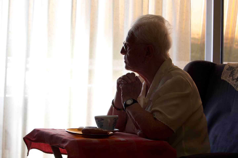 Soledad frente a solidaridad: los mayores ante la crisis del coronavirus