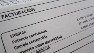 El Gobierno toma el control de los recibos de luz y gas por el retraso de la reforma de CNMC