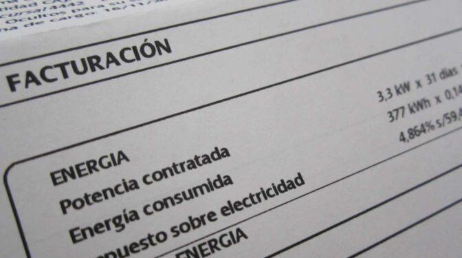 Las eléctricas ganan tiempo y el nuevo recibo de la luz no llegará hasta junio