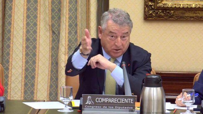 El presidente de RTVE, José Antonio Sánchez, en el Congreso.