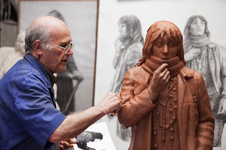 El escultor Julio López.