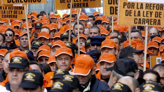 Militares españoles de la AUME se manifiestan en Madrid en 2009.