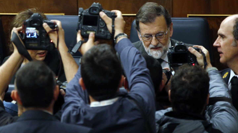 El presidente del Gobierno Mariano Rajoy, a su llegada al Congreso.