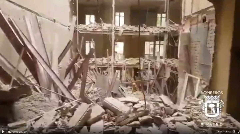 Interior del edificio derrumbado de Martínez Campos, en Madrid.
