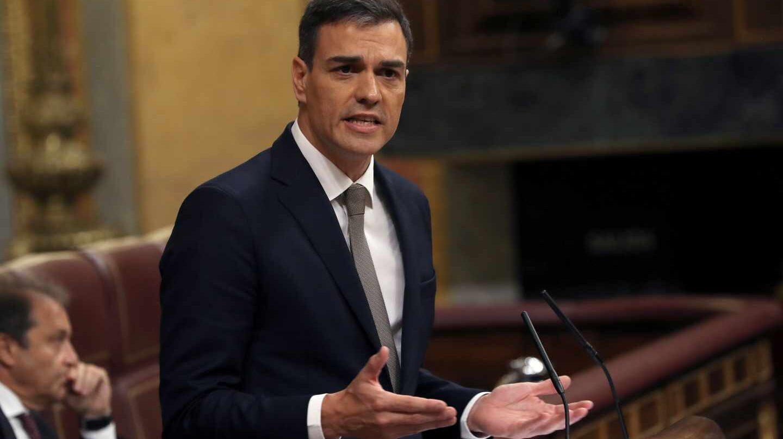 Pedro Sánchez califica de ?RATA LADRONA? a Mariano Rajoy con microfono abierto en el Congreso