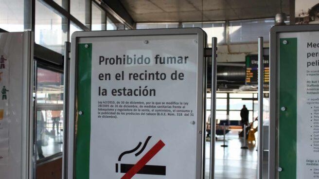 """""""No fumar"""" no significa """"libre de humos""""."""