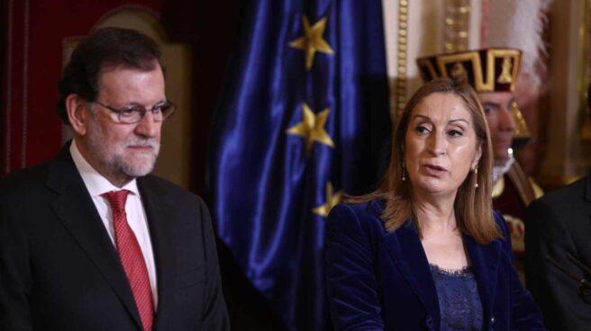 Mariano Rajoy y la presidenta del Congreso de los Diputados, Ana Pastor.
