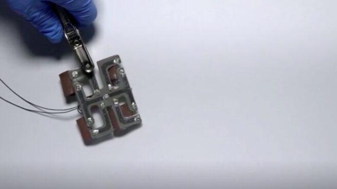 Rana-robot autorreparable