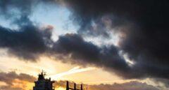 El parón económico minimiza el beneficio del desplome del petróleo para España