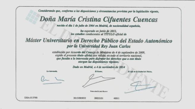 Copia del título del máster de Cristina Cifuentes, del que renegó antes de presentar su dimisión como presidenta de la Comunidad de Madrid.