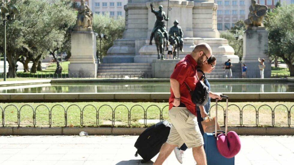 Turistas en la Plaza de España de Madrid.