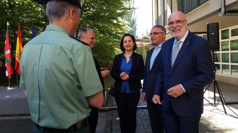El delegado del Gobierno en Euskadi, Jesús Loza, sonríe durante el día de su toma de posesión.