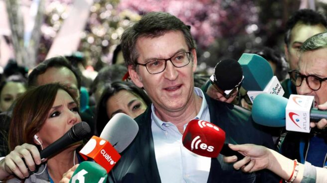 Alberto Núñez Feijóo a su llegada a la Junta Directiva Nacional