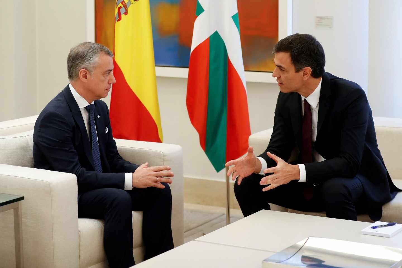 Urkullu y Sánchez, reunidos en la Moncloa.