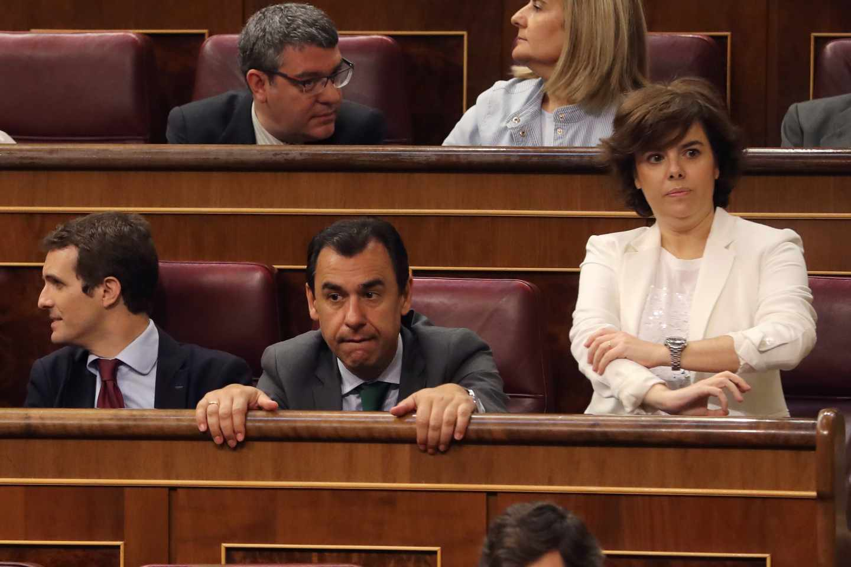 Casado junto a Maillo y Santamaría en el Congreso